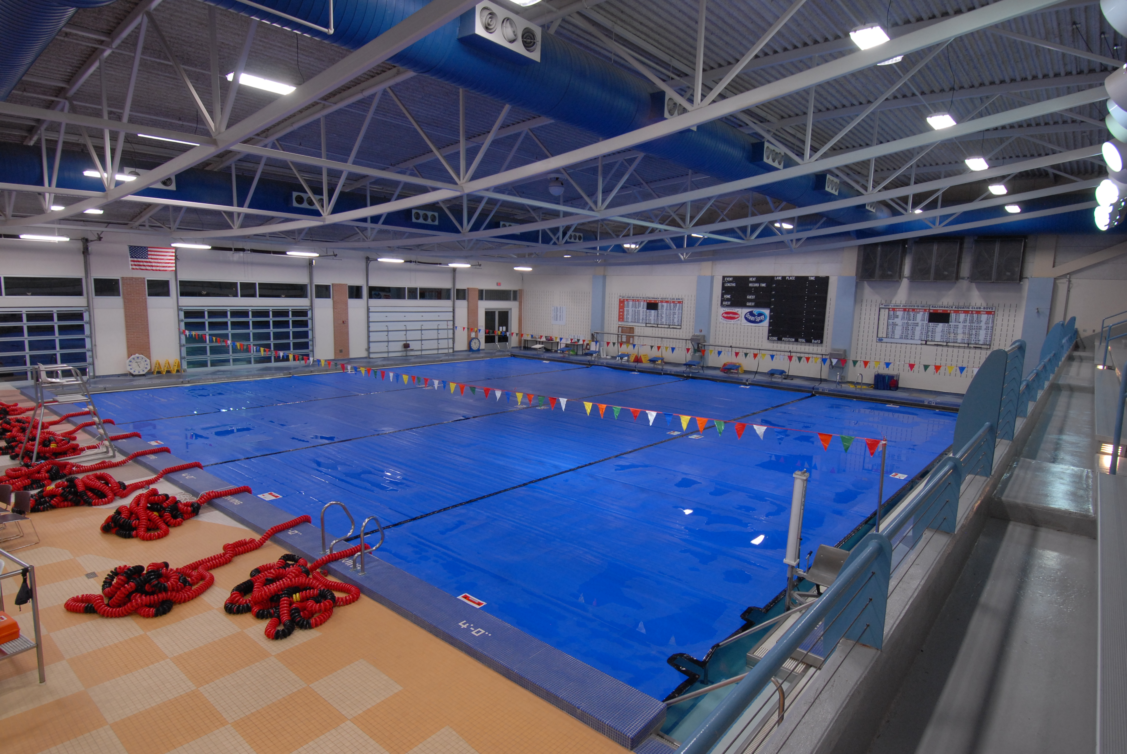 Thermal swimming pool covers spectrum products for Swimming pool service software